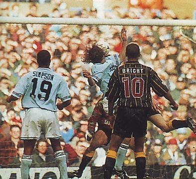 sheff weds home 1994 to 95 walsh goal