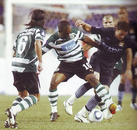 sporting lisbon 2010 to 11 action