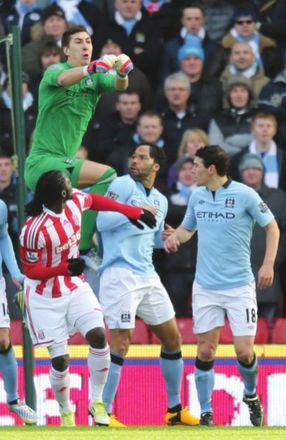 stoke fa cup 2012 to 13 action