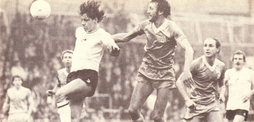 swansea home 1982 to 83 action 4