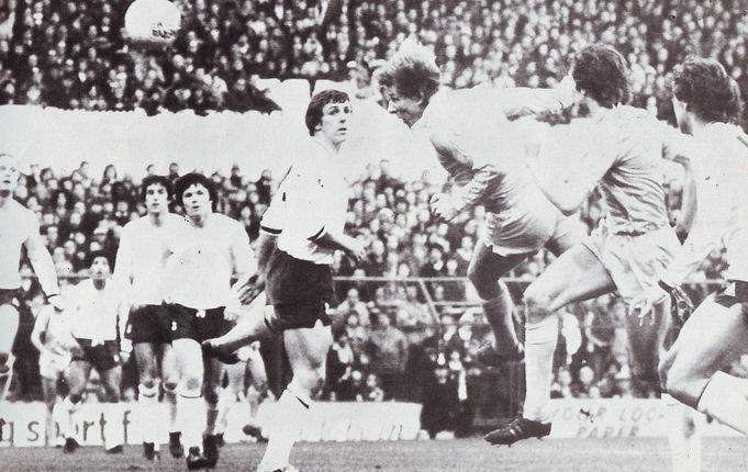 tottenham away 1980 to 81 boyer goalt