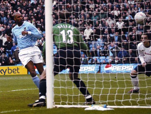 tottenham home fa cup 2003 to 04 anelka goal