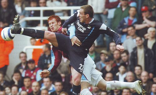 whu away 2005 to 06 action