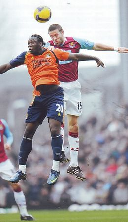 whu away 2008 to 09 action1